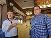 Ο ΟΦΗ τραπέζωσε τους αξιωματικούς της Ελληνικής αστυνομίας